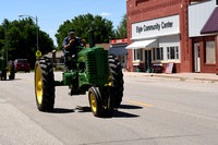 Elgin Vetch Days Tractor Drive Elgin Review 2018__1816