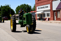 Elgin Vetch Days Tractor Drive Elgin Review 2018__1817